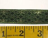 gold and green metallic crochet hook trim
