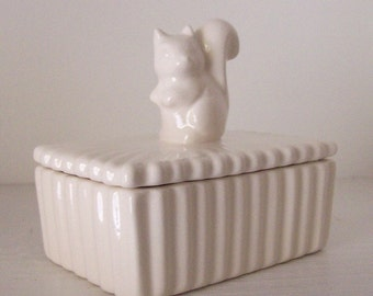 Forest Animal Squirrel Trinket Box Vintage Design in White