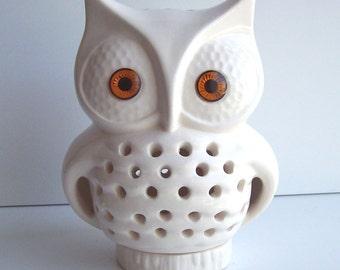Owl Lamp Vintage Design In White Ceramic TV Lamp Night Light Retro Home Decor Great House Warming or Owl Baby Shower Gift