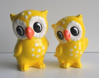 Ceramic Love Owl Figurines Vintage Design in Yellow Wedding Cake Topper