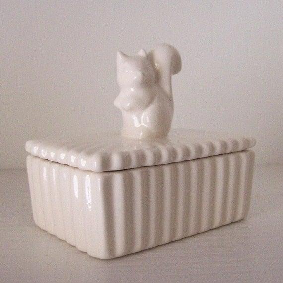 Forest Animal Squirrel Trinket Box Vintage Design in White, PREORDER