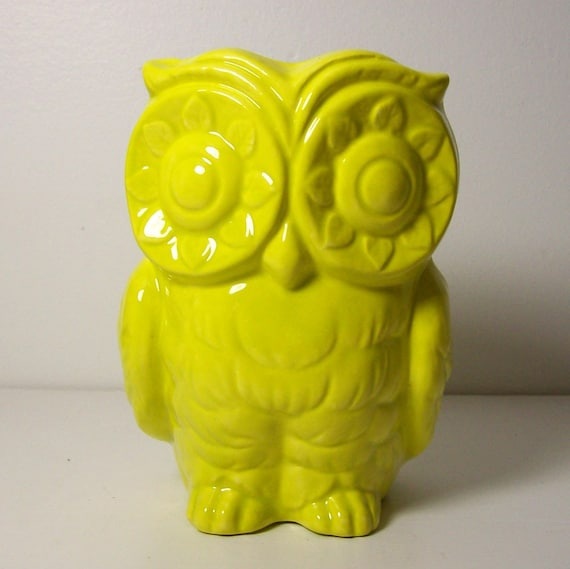 Ceramic Tiki Owl Planter Vintage Design in Star Fruit Vase Pencil Holder Neon Yellow