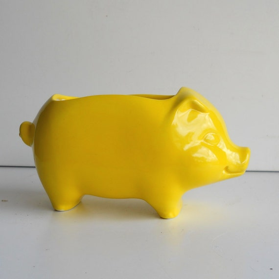 Pig Planter Ceramic 60s Mini Desk Pig Planter Vintage Design in Lemon Yellow Sponge Holder Retro Kitchen Succulent Planter Gift