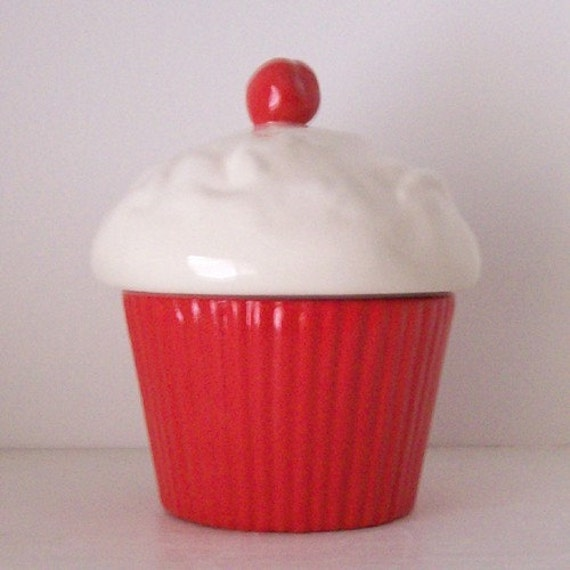 Cupcake Trinket Box Red