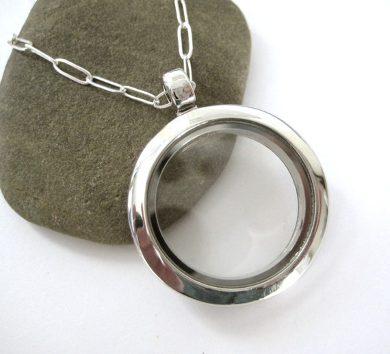 SMALL Clear Glass Memory Locket, fill with your own photo keepsakes, charms, love notes - 18 inch chain