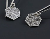 Snowflake etched sterling silver earrings - small S1