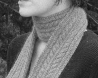 PDF Knitting Pattern - Yuletide Scarf