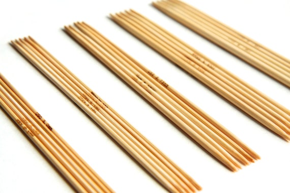 5 inch Bamboo Double Pointed Knitting Needle Set - Includes US Sizes 0 1 2 3 4