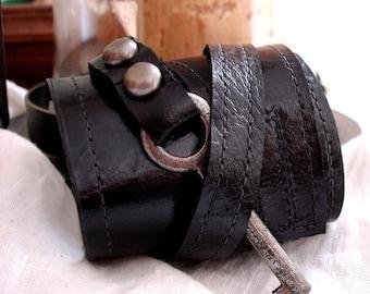 Black Leather Steampunk Cuff With Antique Skeleton Key - Master Key Cuff