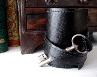 Tory Black Leather Wrap Cuff Bracelet with Antique Key - Steampunk Skeleton Key Cuff