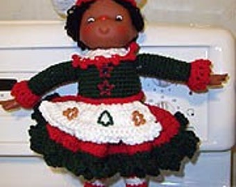Elf Doll Crochet Pattern, Cinnamon Suzie the Baker Instant Download