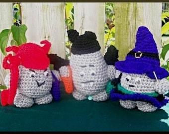 Crochet Pattern, Rock People Hallowe'en, part 3