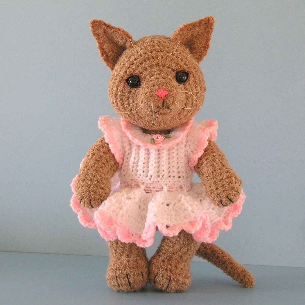 Crochet pattern tabitha the toy cat by bluebearytreasures for How to crochet cat toys