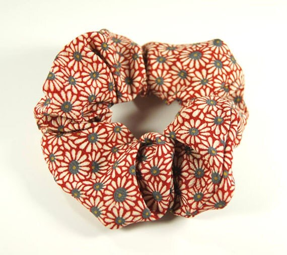 Japanese Kimono fabric Scrunchie - Daisy flower