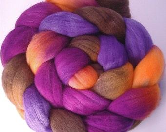 Handpainted Superfine Merino Wool Roving - 4 oz. CROCUS - Spinning Fiber