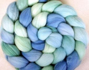 Handpainted Merino Wool Roving - 4 oz. ROBIN'S EGG - Spinning Fiber