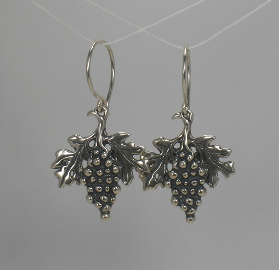 Grapes, earrings