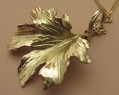 Petite 18k Gold Maple Leaf Pendant