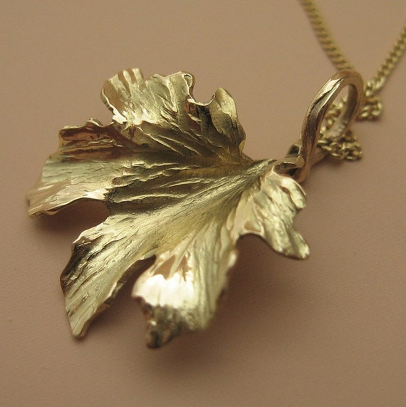 18k gold maple leaf pendant made to order by