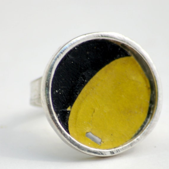 Yellow Moon Round Silver Ring Vintage License Plate Metal