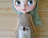owl Face felt Blythe dress