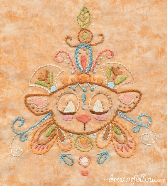 Honaw Bear totem Embroidery Pattern PDF Boho decor design