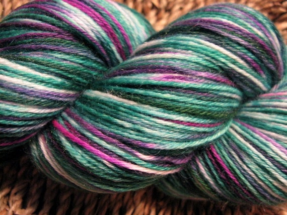 Sockins-Vine Superwash Sock Yarn
