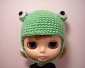 Frog Helmet for Blythe