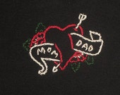 Mom Dad Heart Tattoo Hand Embroidered Black Tee size 12-18