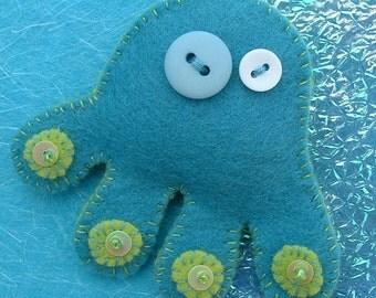 Otto the Octopus Felt Badge