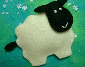 Cardigan the Sheep Felt Brooch Pin