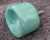 Seafoam bucket knob
