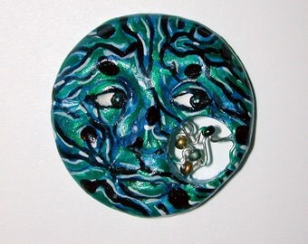 Computer Guy Circut Board Face ready for you to use in your Art Cameo CABOCHON