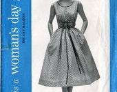 Pattern - Women's Day 5108 - Vintage 1950s Apron-Dress Cover-Up Uncut