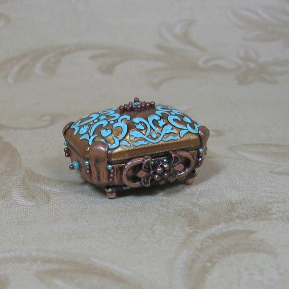 Miniature Dollhouse Beaded Copper and Turquoise Jewelry Box/Chest