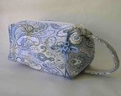 Zipper Box Pouch for SOCK KNITTING- Ice Blue Tapestry