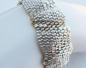 Small Silver Ripples Peyote Bracelet (2456)