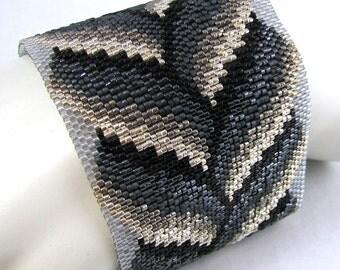 Slivers of Silver Bargello Braid Peyote Cuff Bracelet (2560) - A Sand Fibers Creation