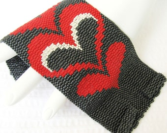 Modern Bargello Hearts Cuff in Your Custom Color Palette  (2415)