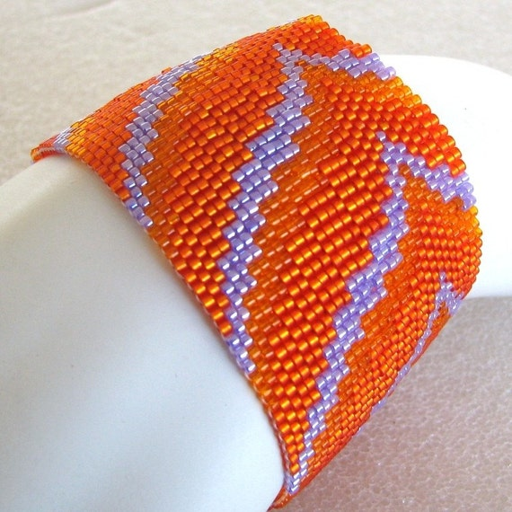 Lavender and Orange Bargello Peaks and Valleys Peyote Cuff (2447) - A Sand Fibers Creation