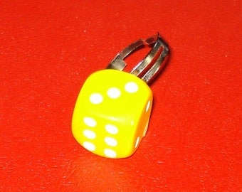 LAST ONE! Yellow Roll the Dice Snake Eyes Kitschy Retro Fun Adjustable Ring