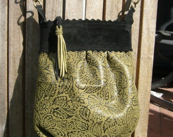 Green & black floral embossed leather pleated purse