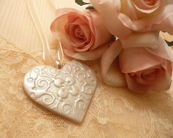 Bride Bridesmaid Bouquet Charm - Ivory Heart - Handmade Wedding Accessories - Keepsake Ornament - Custom Colors Available