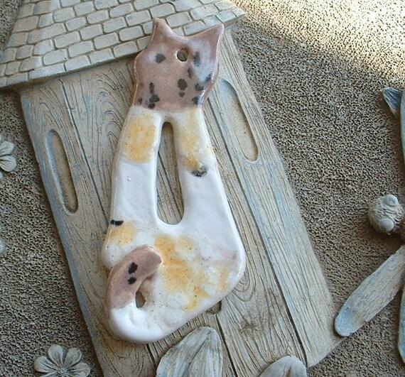 Close Out Ceramic Cat Pendant