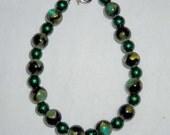 Green Glass Bead Bracelet-FREE SHIPPING