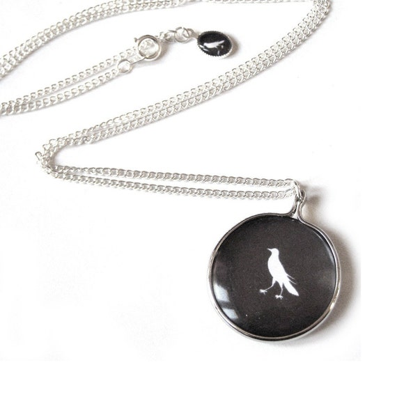 BACKORDER - Thaumatrope illusion NECKLACE - The Bird and the Cage - white on black Edition