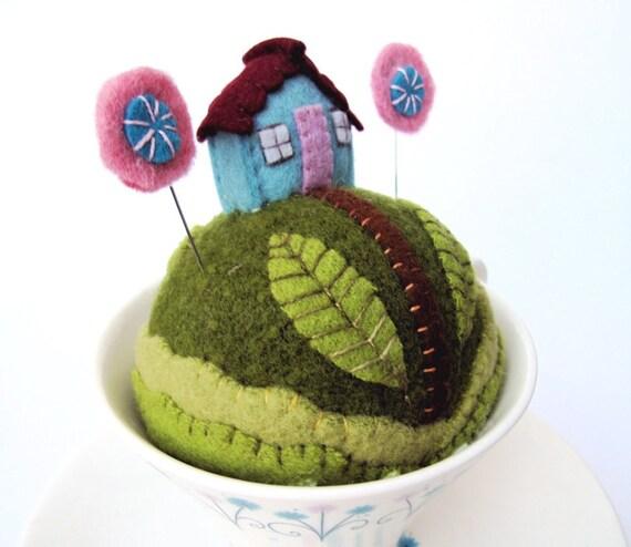 Pincushion fantasy Tiny World