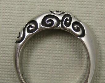 Spiral mountain ring