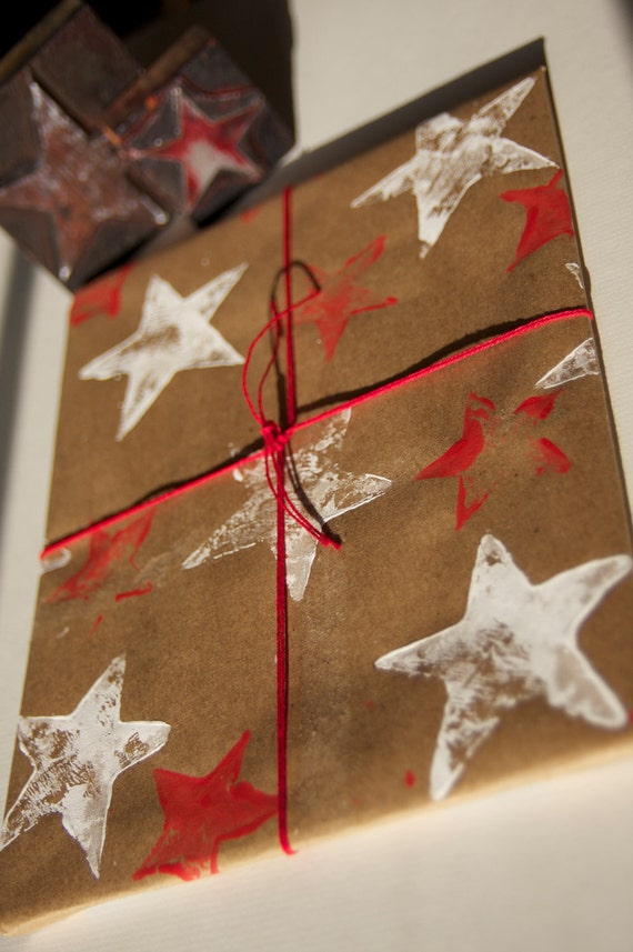 Star Kraft Wrapping Paper - Red and White