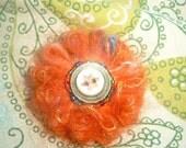 Small Handmade Vintage Wool Flower Brooch\/Pin\/Corsage
